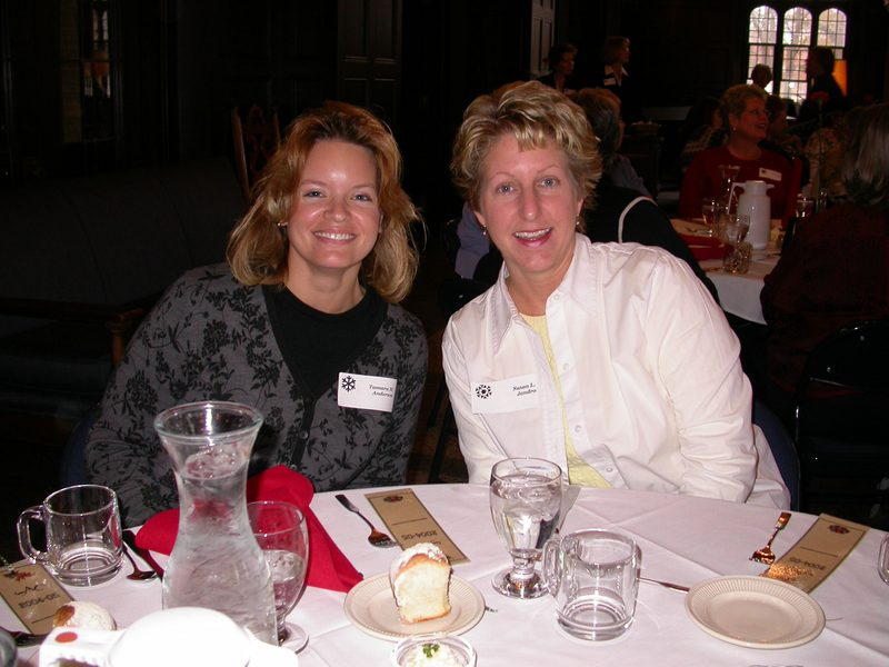 Tammy & Sue