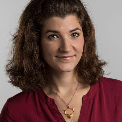 Photo of Julia Strand
