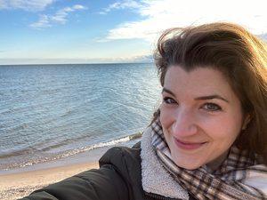 Julia Strand at beach