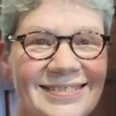 Photo of Carol Rutz