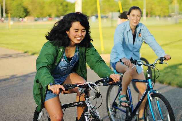 Students cruise Northfield on bikes