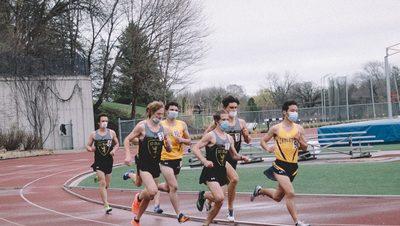 1500m runners