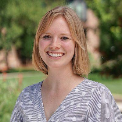 A profile photo of Jenna Holt
