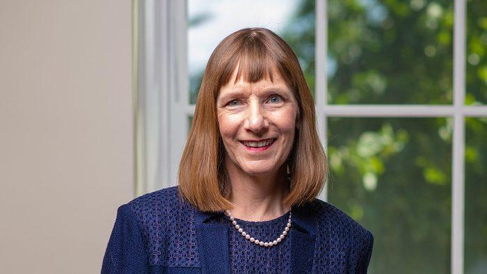 Portrait of Alison Byerly