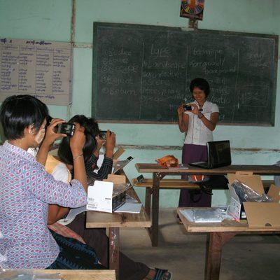 Khant Khant Kyaw '11 teaching photography in Burma