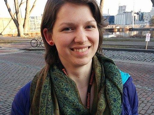 Hannah White '14