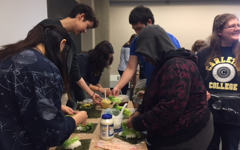 JAPN 205 students learn to make onigirazu.
