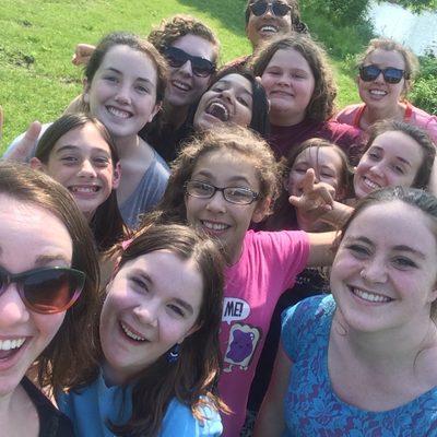 Women Circle selfie!