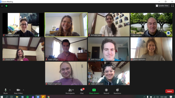 Disability Services staff and Peer Leader group picture during Zoom meeting.
