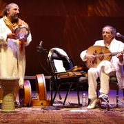 Image of musicians Yair Dalal and Dror Sinai.