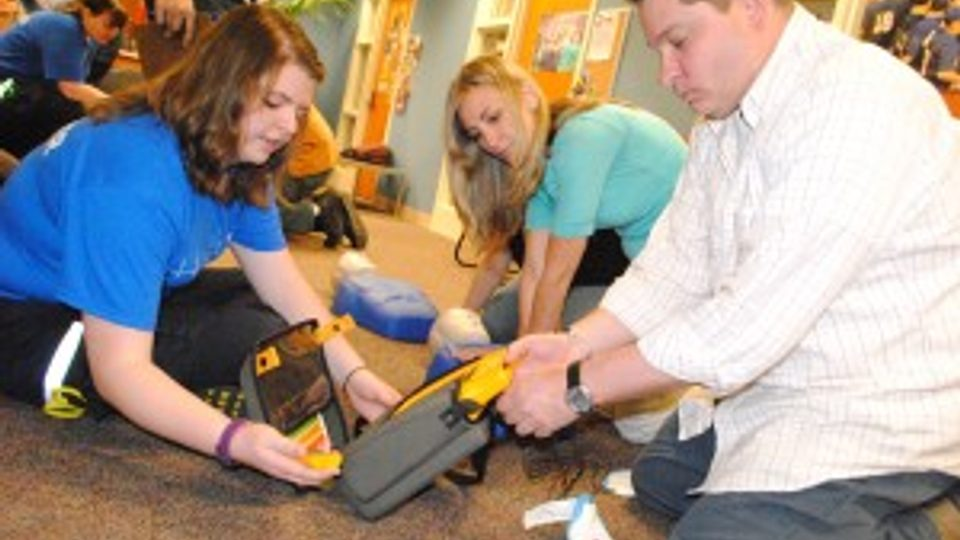AED Training at Carleton