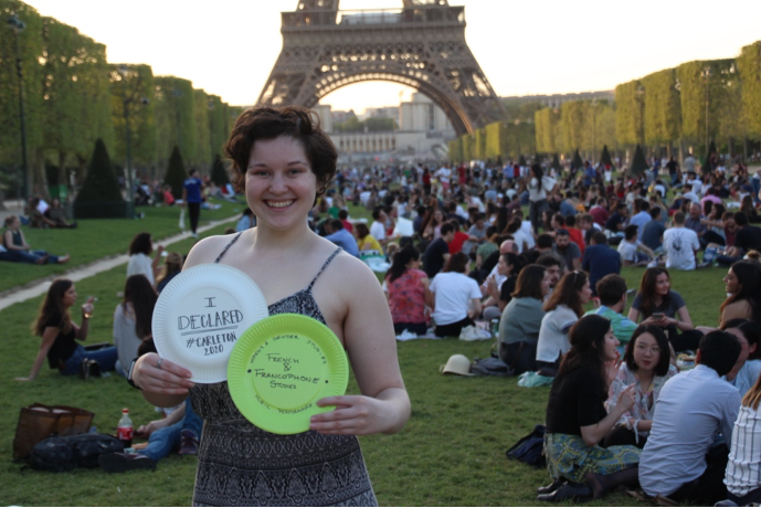 Elizabeth Sachs '20 in Paris