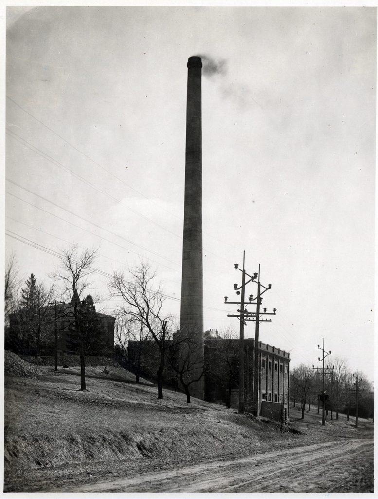 Carleton's original steam plant, 1910