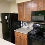 Myers Kitchen-Lounge-Fridge, Stove & Microwave