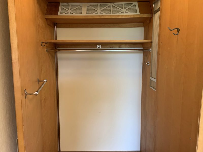 Watson Standard Single Room-Closet Space