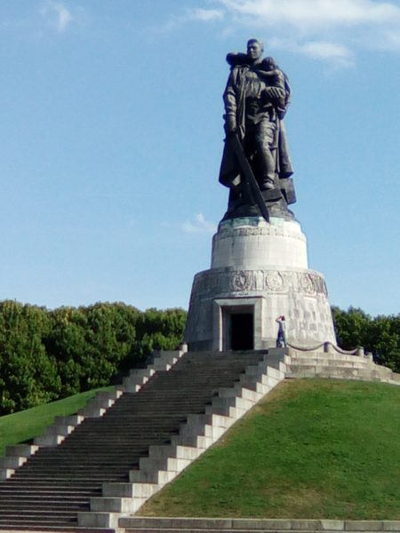 Treptower Park-Monument to Soviet Soldiers, Berlin