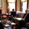 Ambassador Daniel Kurtzer visits with students and President Poskanzer at Nutting House