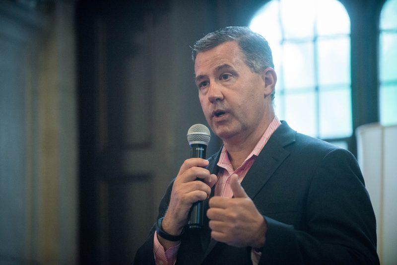 Mike Alvarez '86, panelist