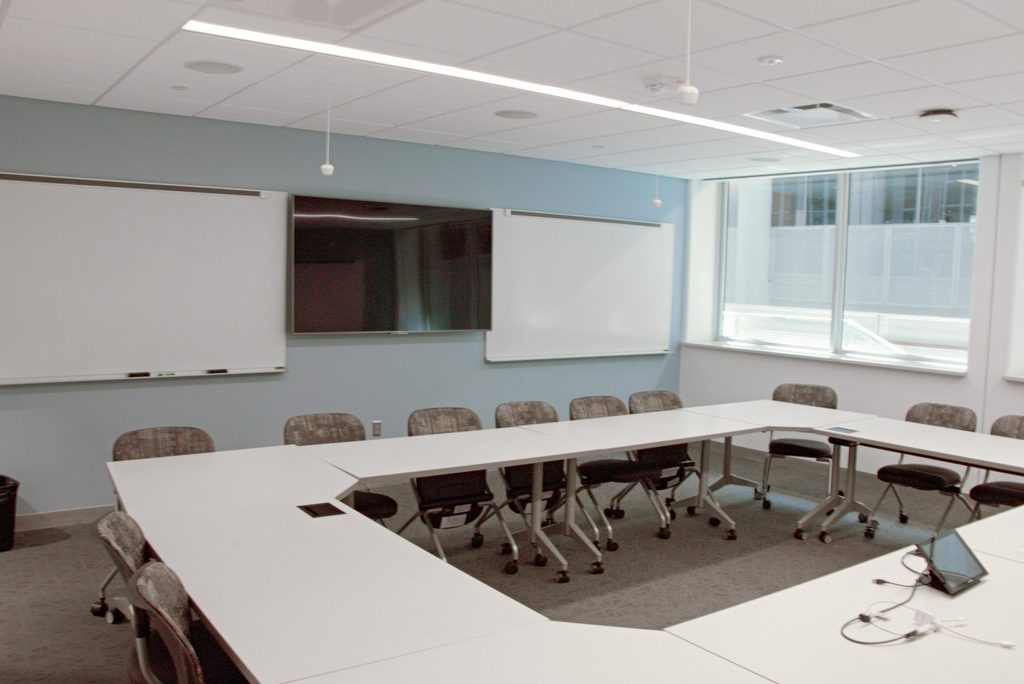 Olin 104 Faculty View