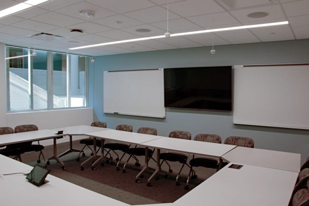 Olin 106 Faculty View